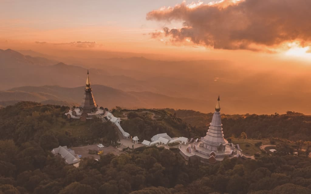 Doi-Inthahon-temple-national-park-chiang-mai-best-things-to-do