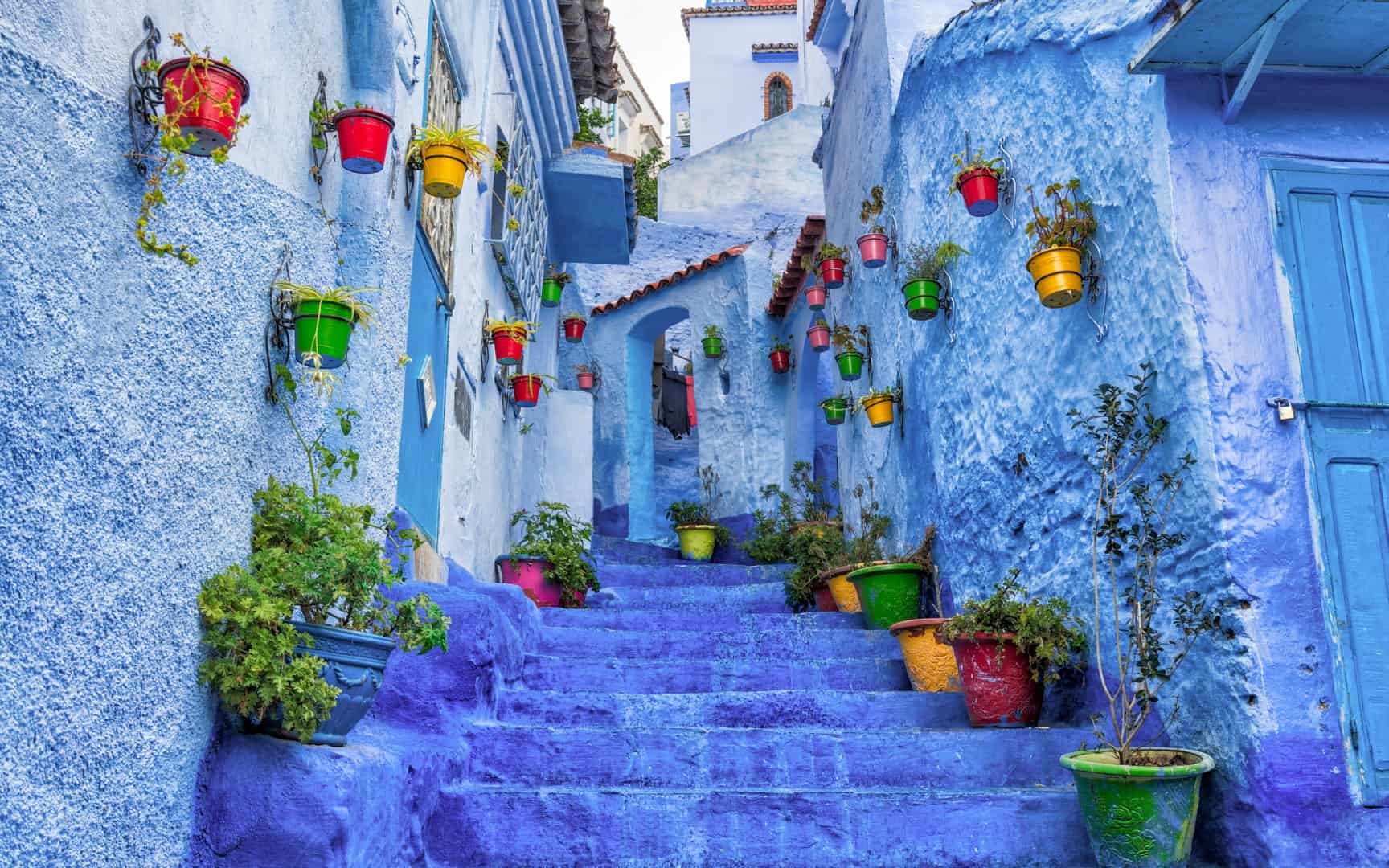 Morocco-Chefchaouen-street-view
