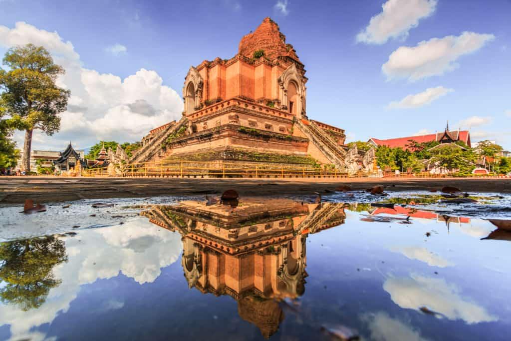 Wat-Chedi-Luang-temple-Chiang-Mai