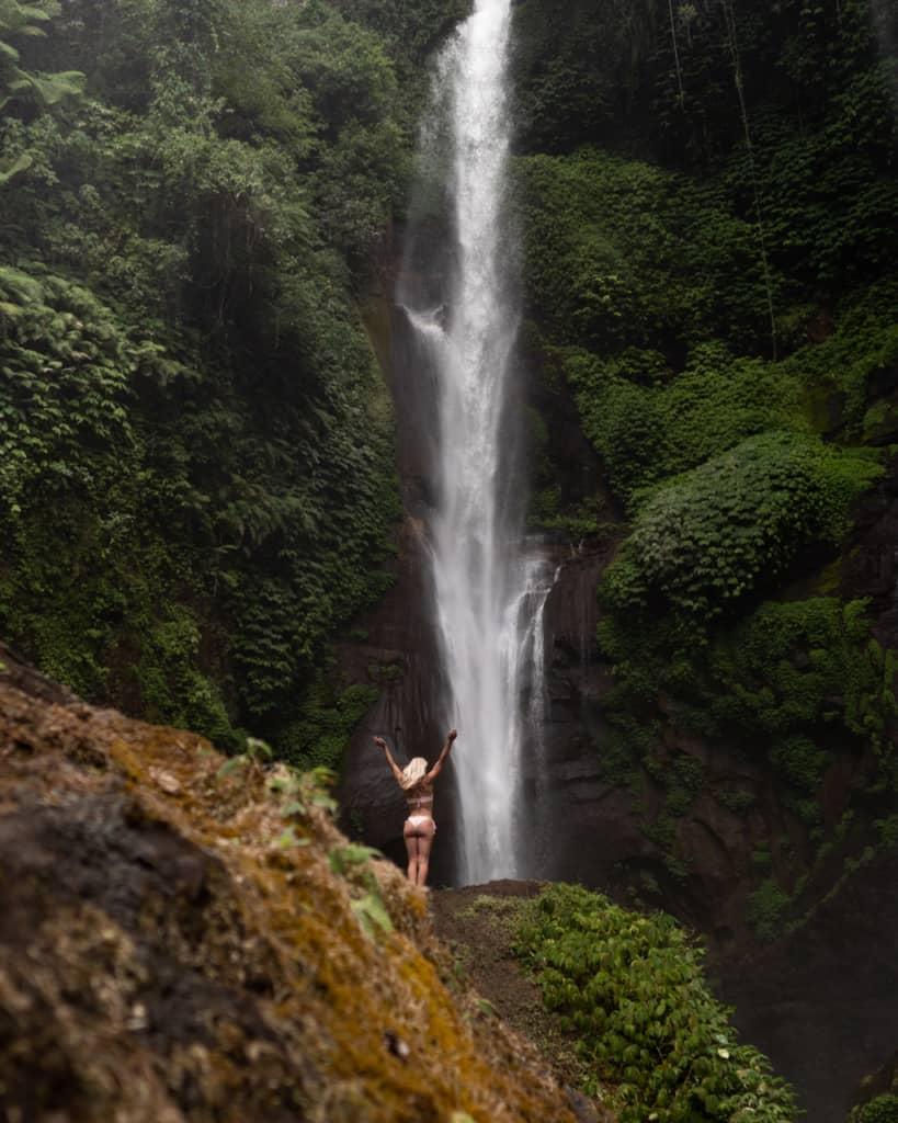 Sekumpul-waterfall-Bali-close