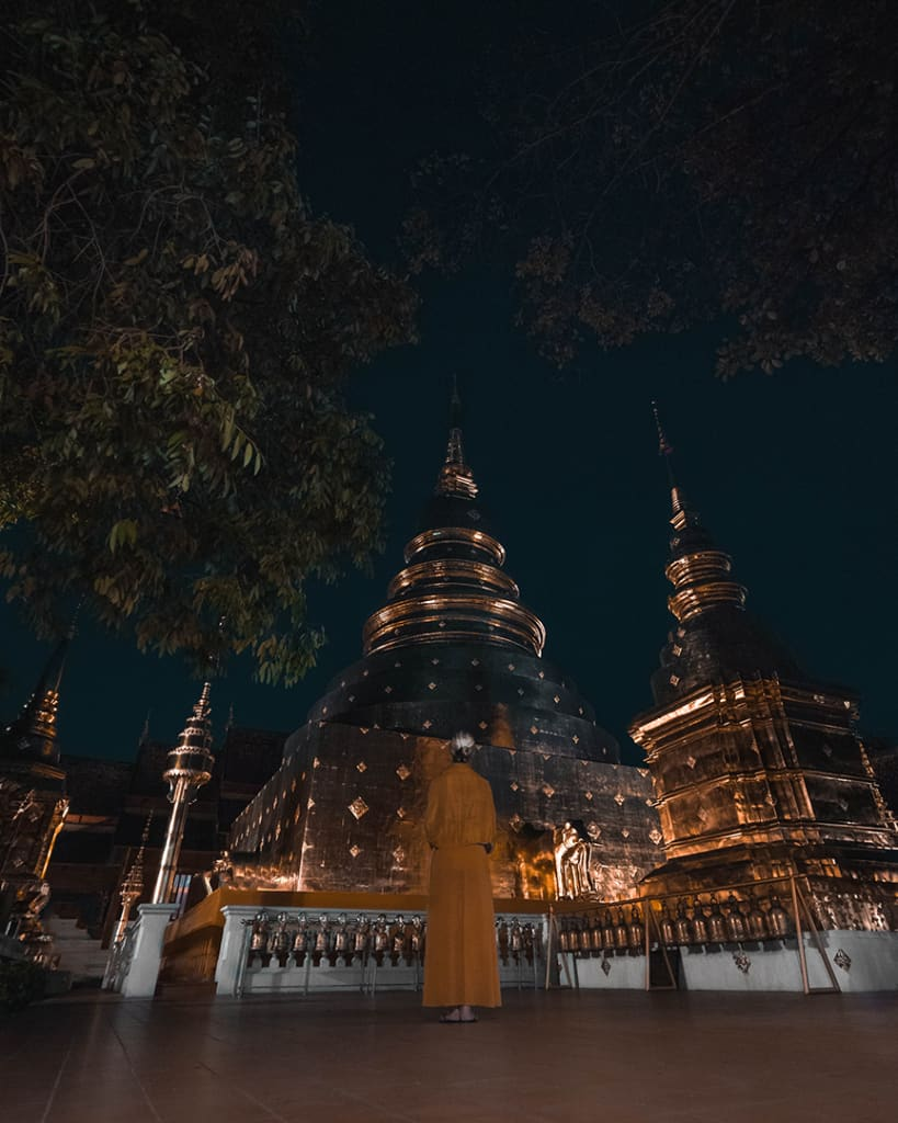night-photography-temple-how-to-make-photos-at-night
