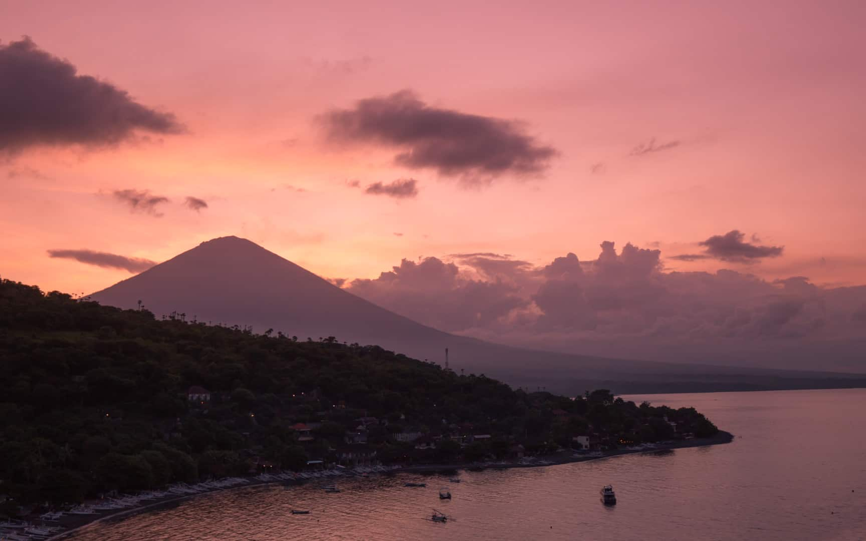 Jemeluk-bay-sunset-bali-amed