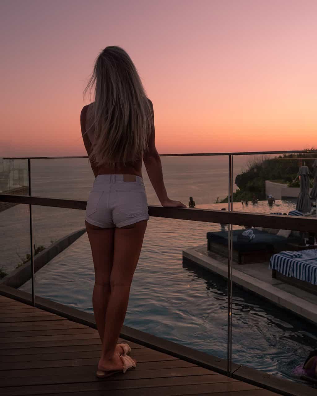 sunset-bali-omnia-beachclub