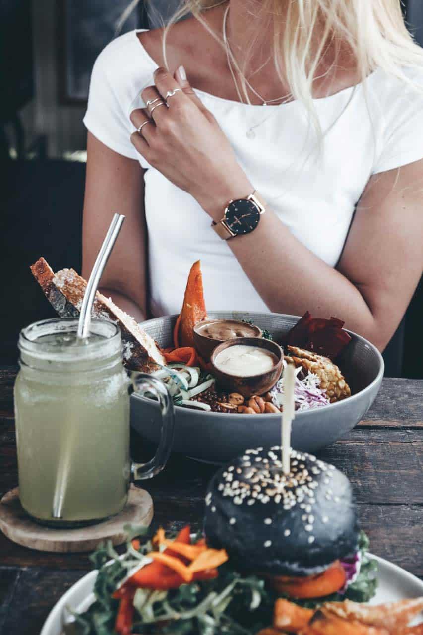 instagram-spot-canggu-healthy-food