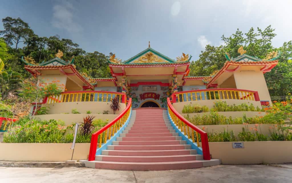 Kuan-Yin-temple-koh-phangan-island