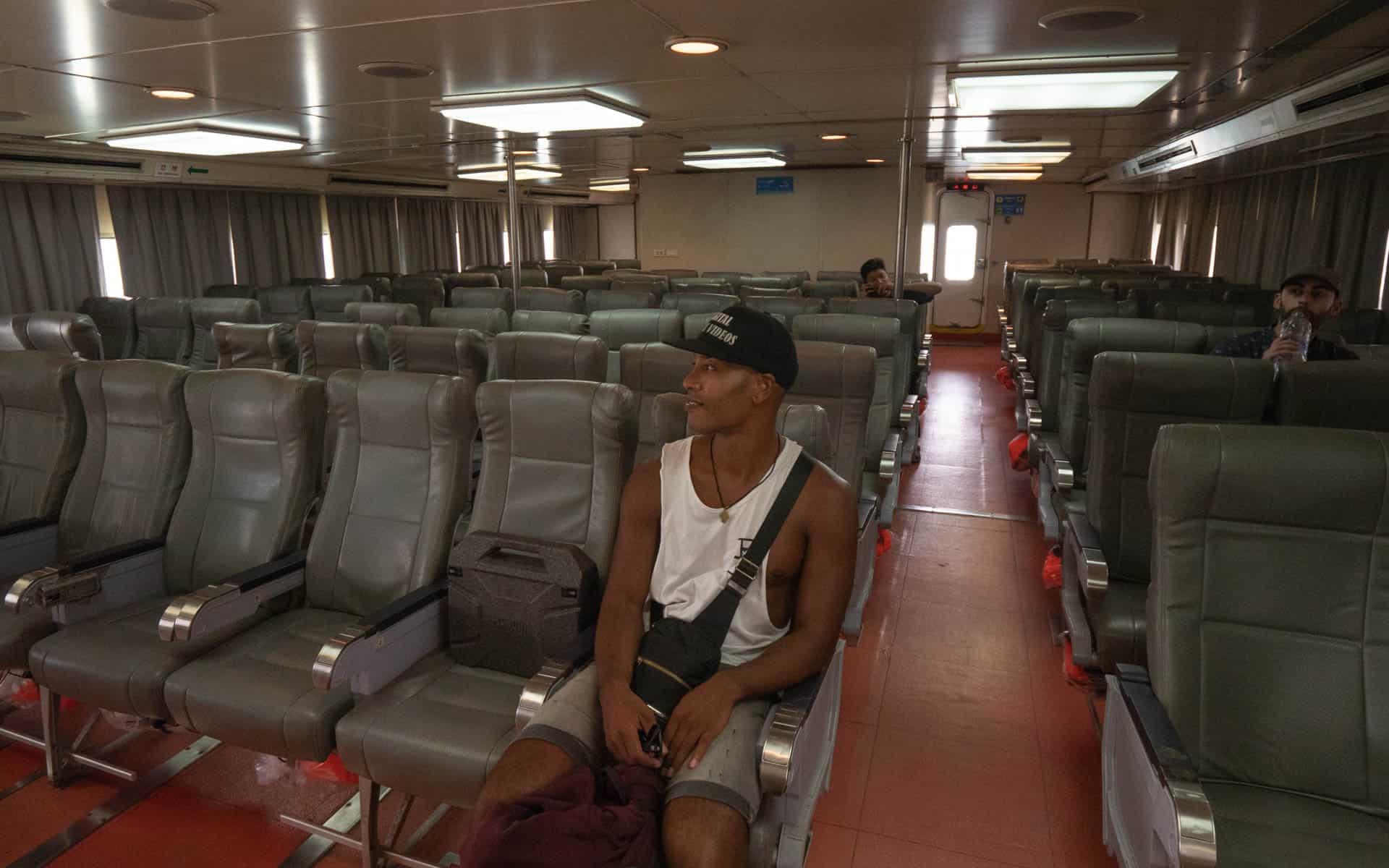 ferry-koh-phangan