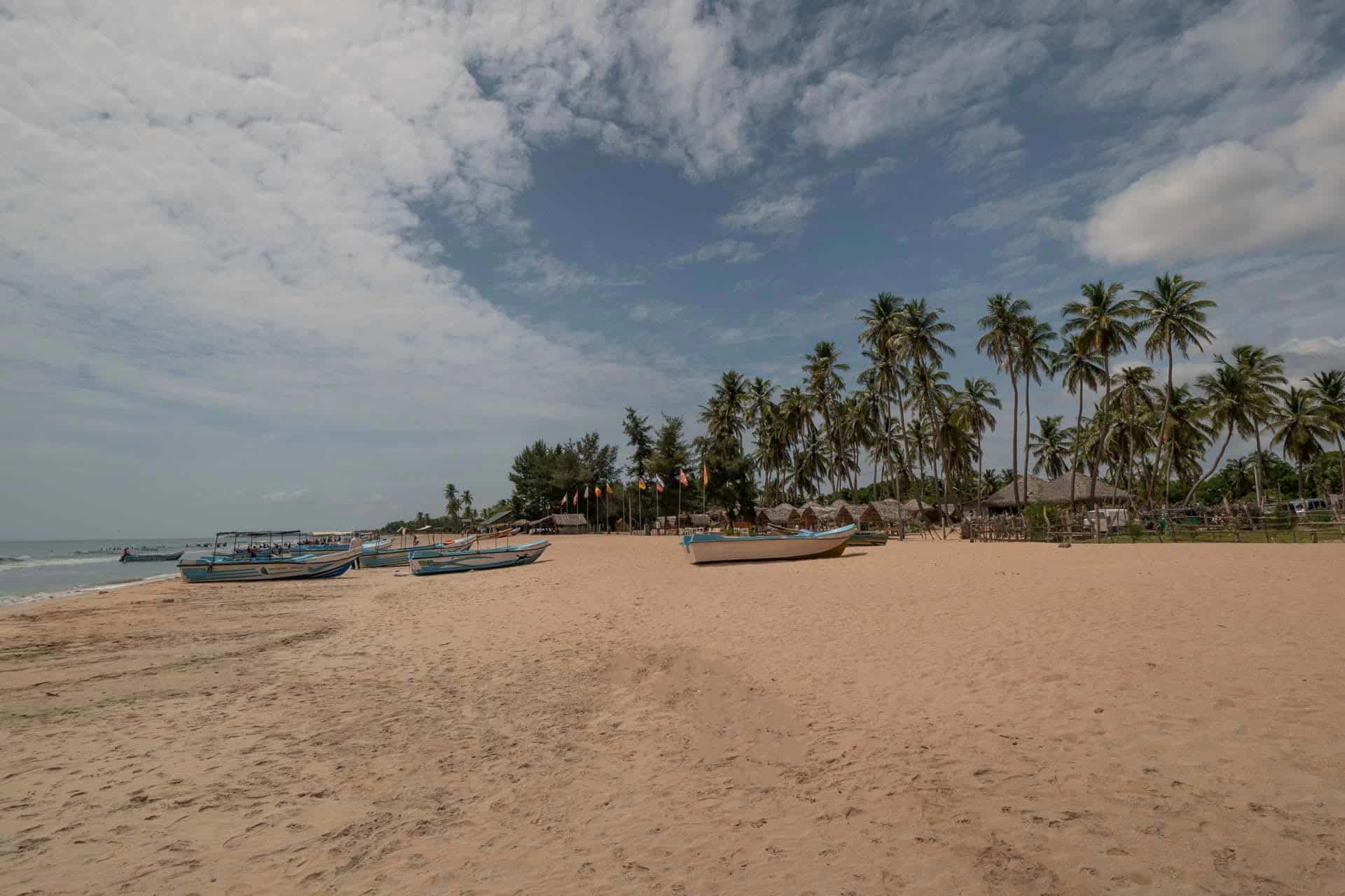 Trincomalee-Nilaveli-beach-boats