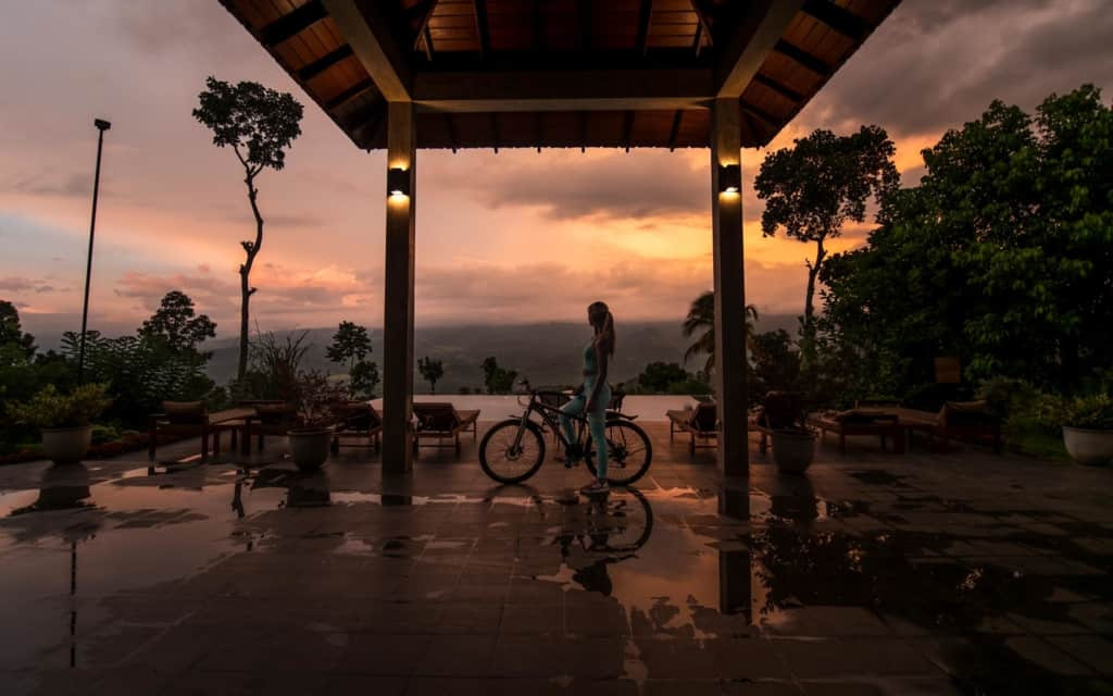 aarunya-nature-resort-kandy-mountainbike-view