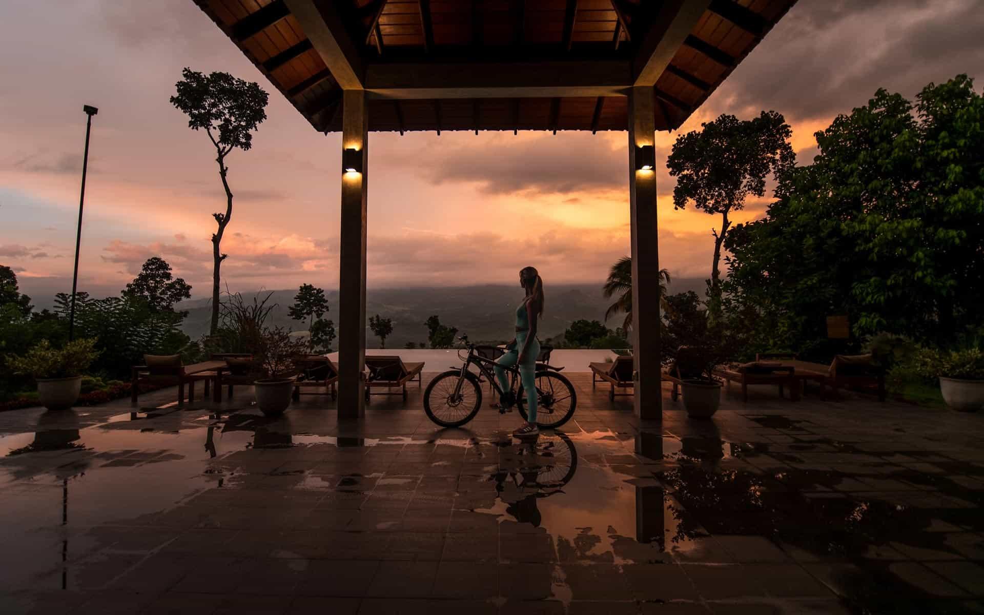 aarunya-nature-resort-kandy-mountainbike-view