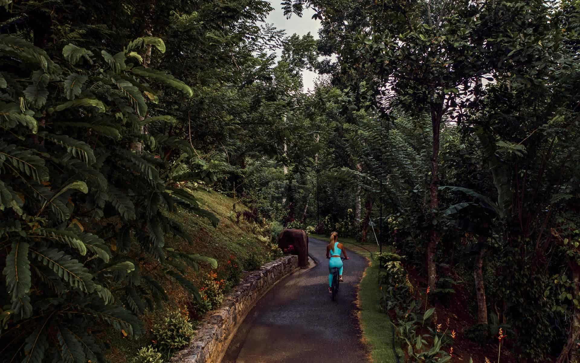 aarunya-nature-resort-kandy-mountainbike