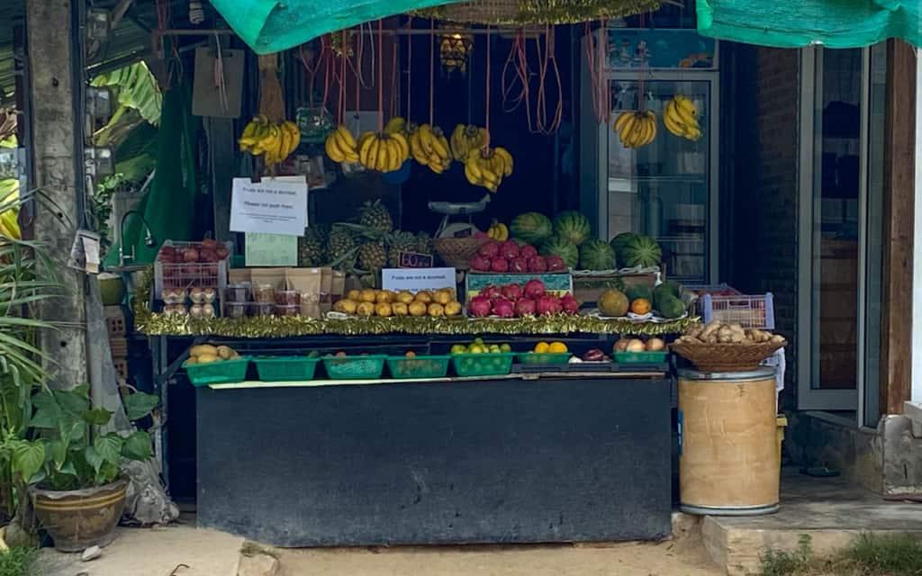 fruit-stall-koh-phangan