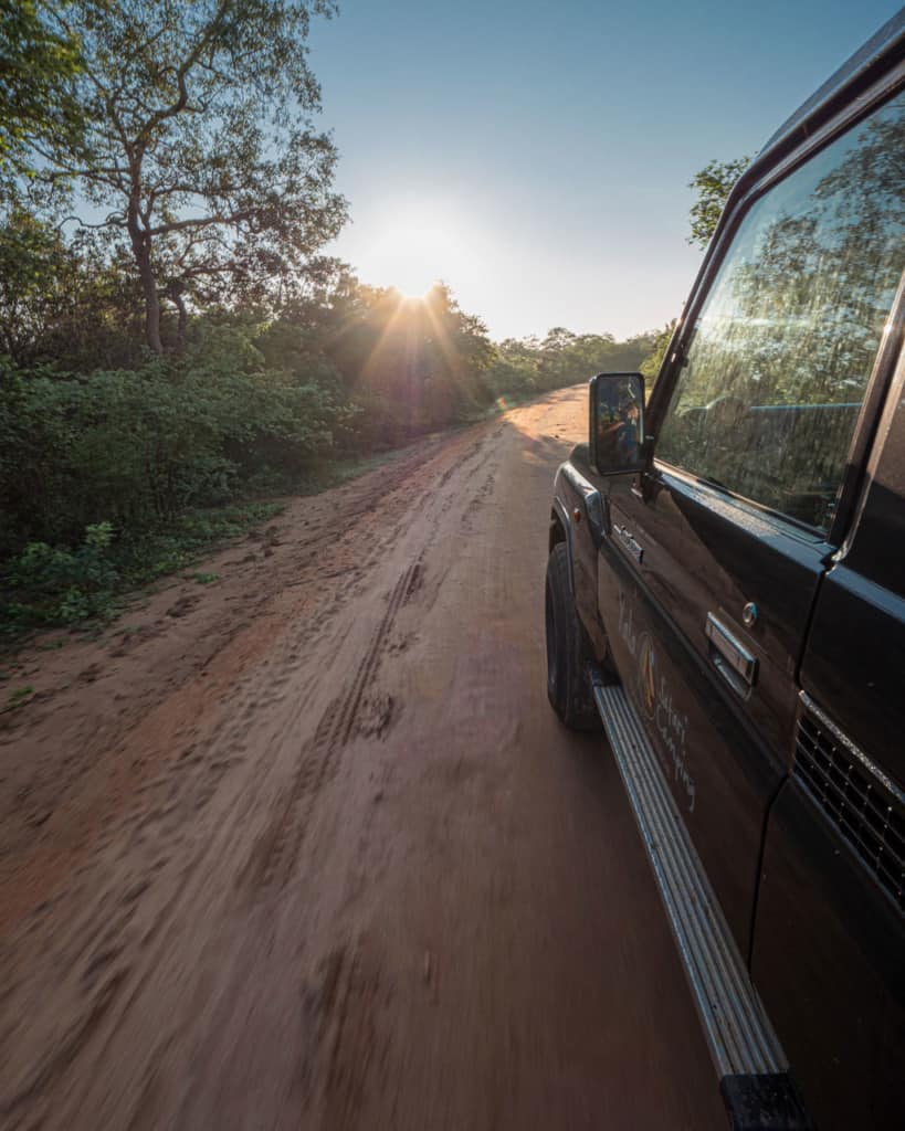 yala-national-park-safari-jeep