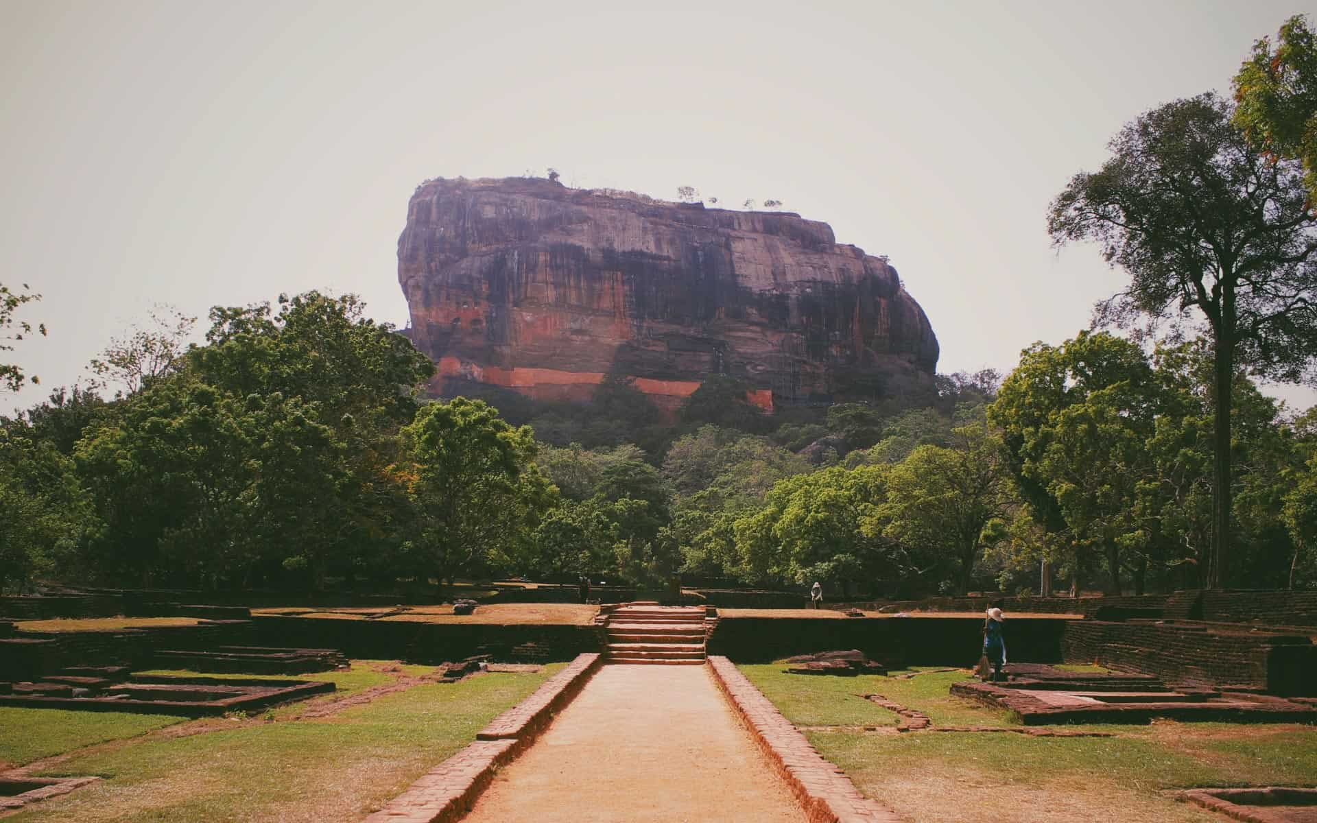 lion-rock-entrance