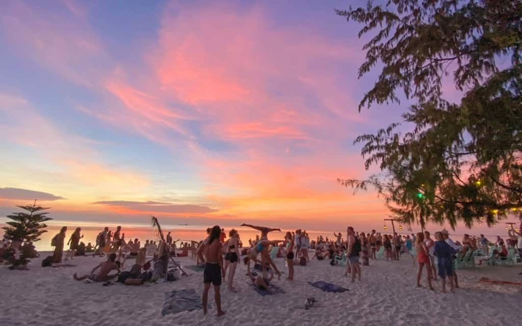 zen-beach-koh-phangan-sunset
