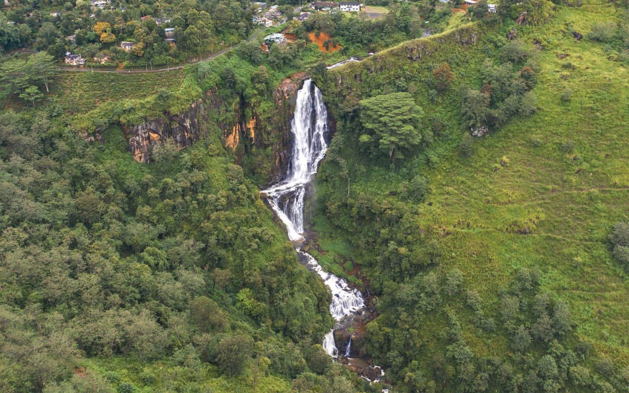 devon-falls-sri-lanka