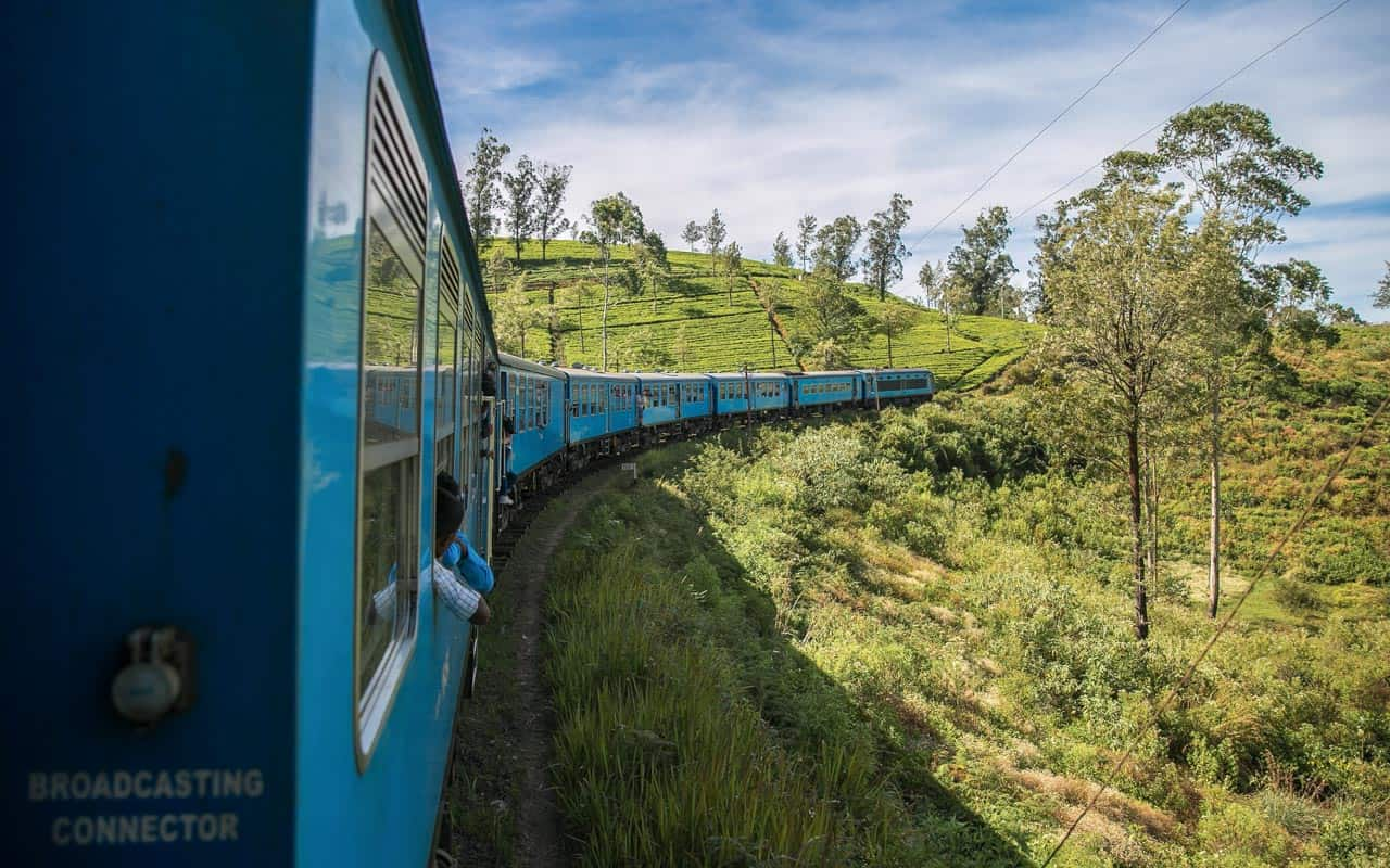 train-ella-nuwara-eliya