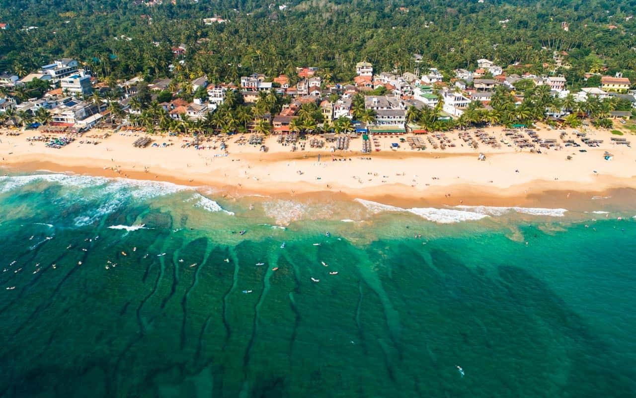 sri-lanka-beaches-hikkaduwa