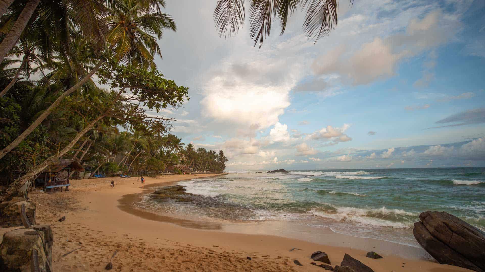 dalawella-beach-sri-lanka
