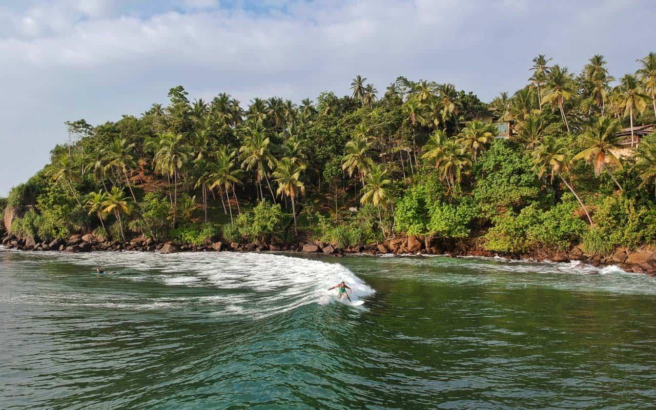 Hiriketiya-surfing-sri-lanka