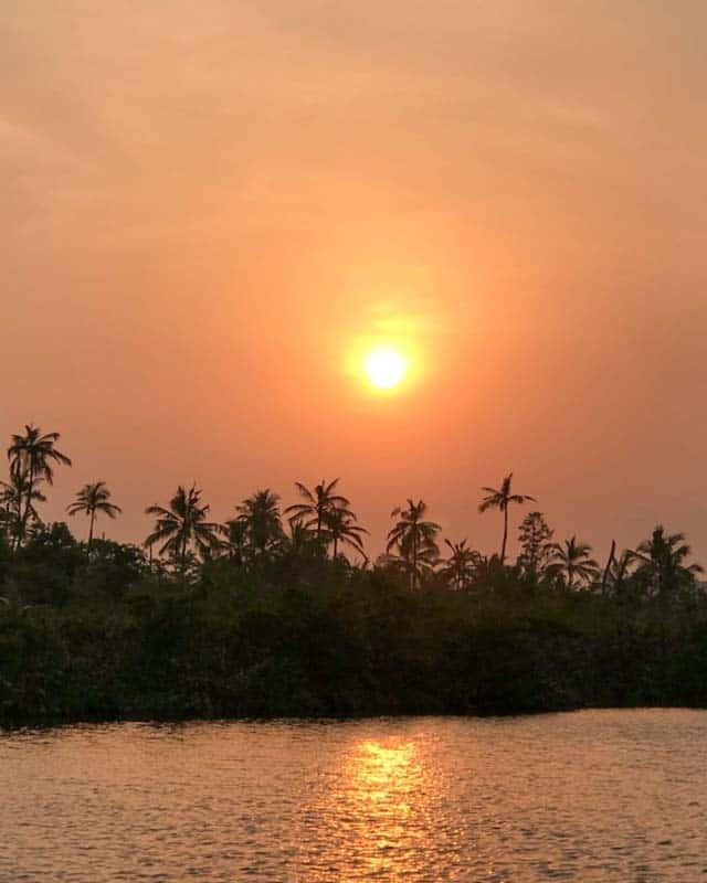 mirissa-things-to-do-lagoon-sunset