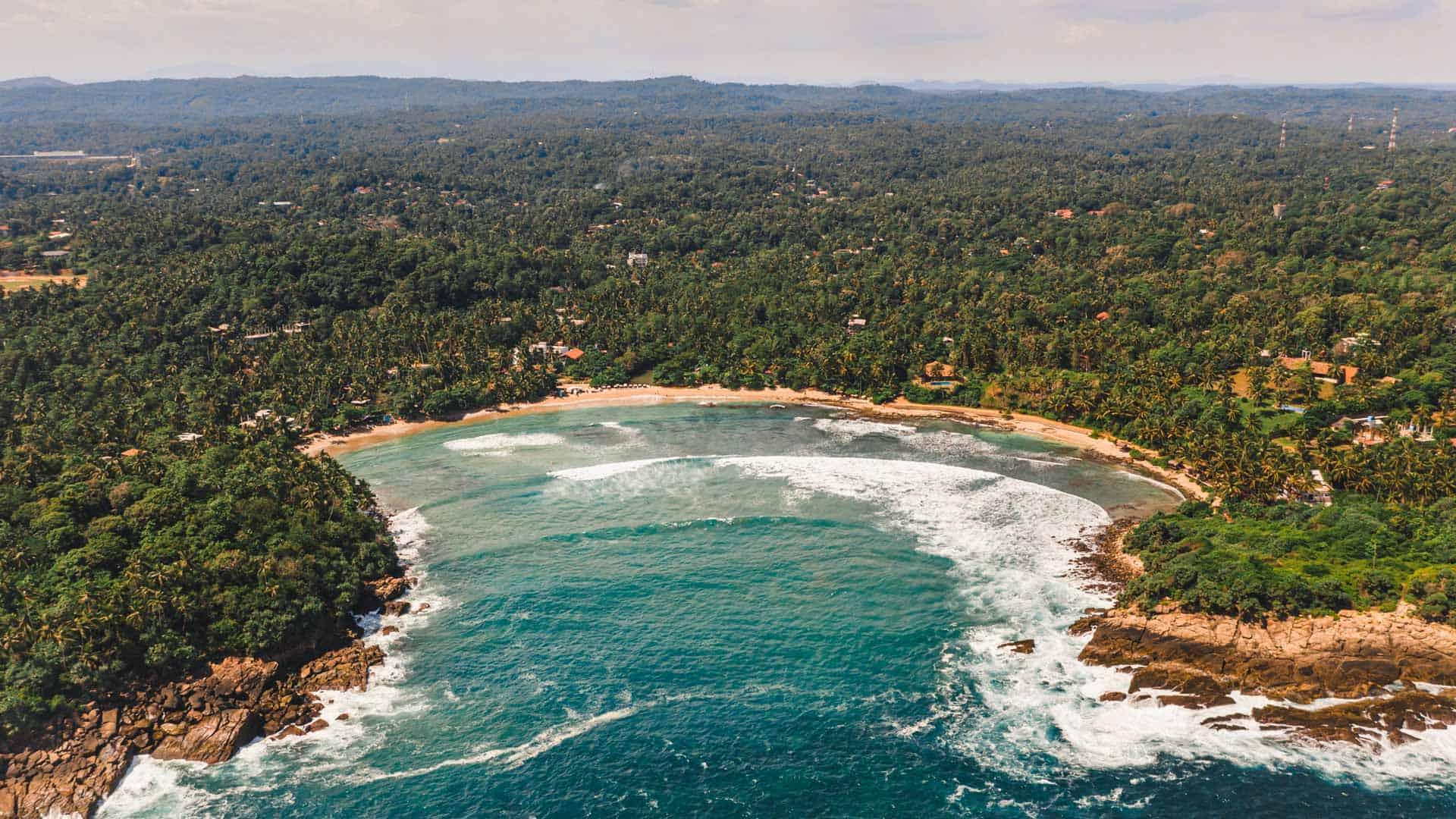 sri-lanka-beaches-hiriketiya