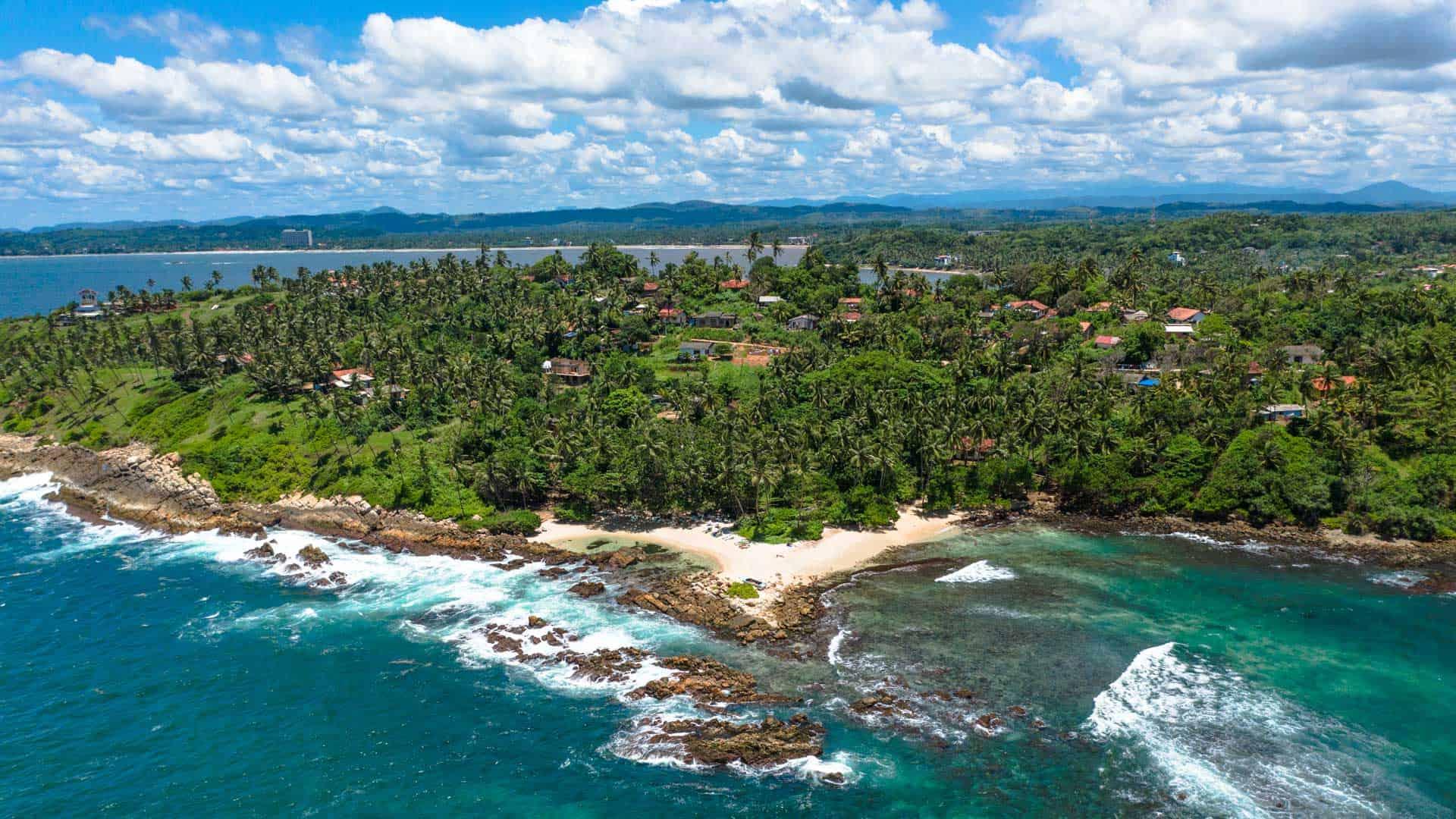 sri-lanka-beaches-secret-beach-mirissa