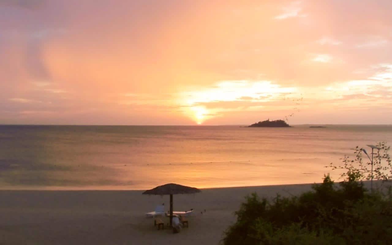 sunrise-marble-beach