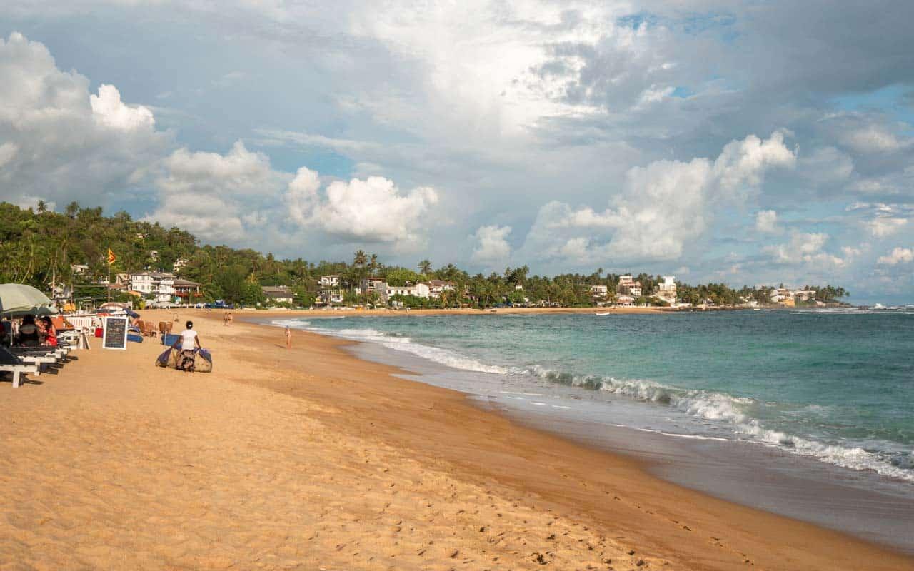 unawatuna-beach-coast