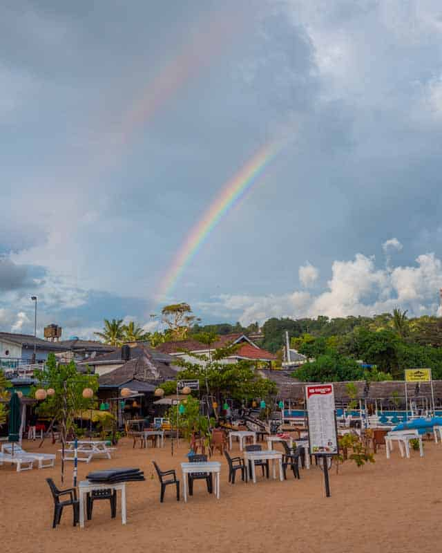 unawatuna-beach-restaurants-rainbow