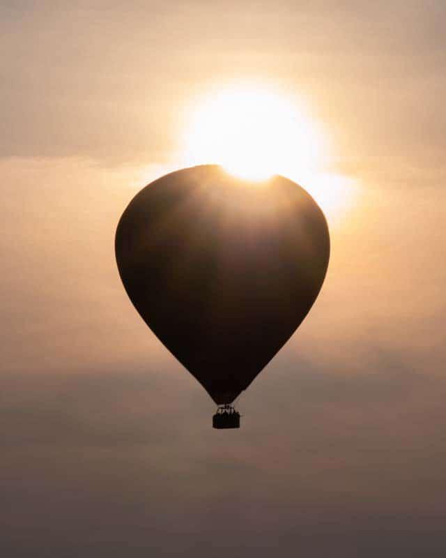 bagan-balloon-sunrise