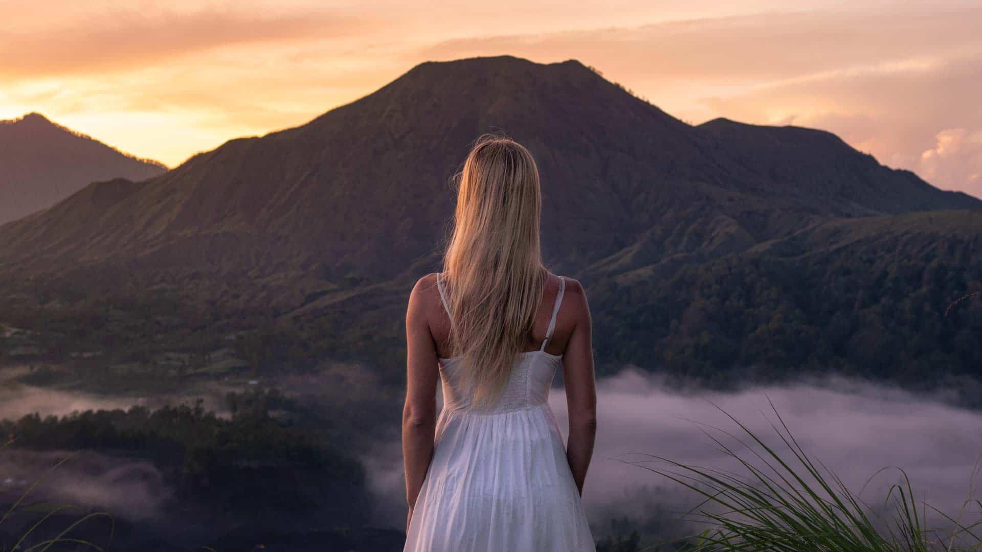 pinggan-sunrise-viewpoint-bali