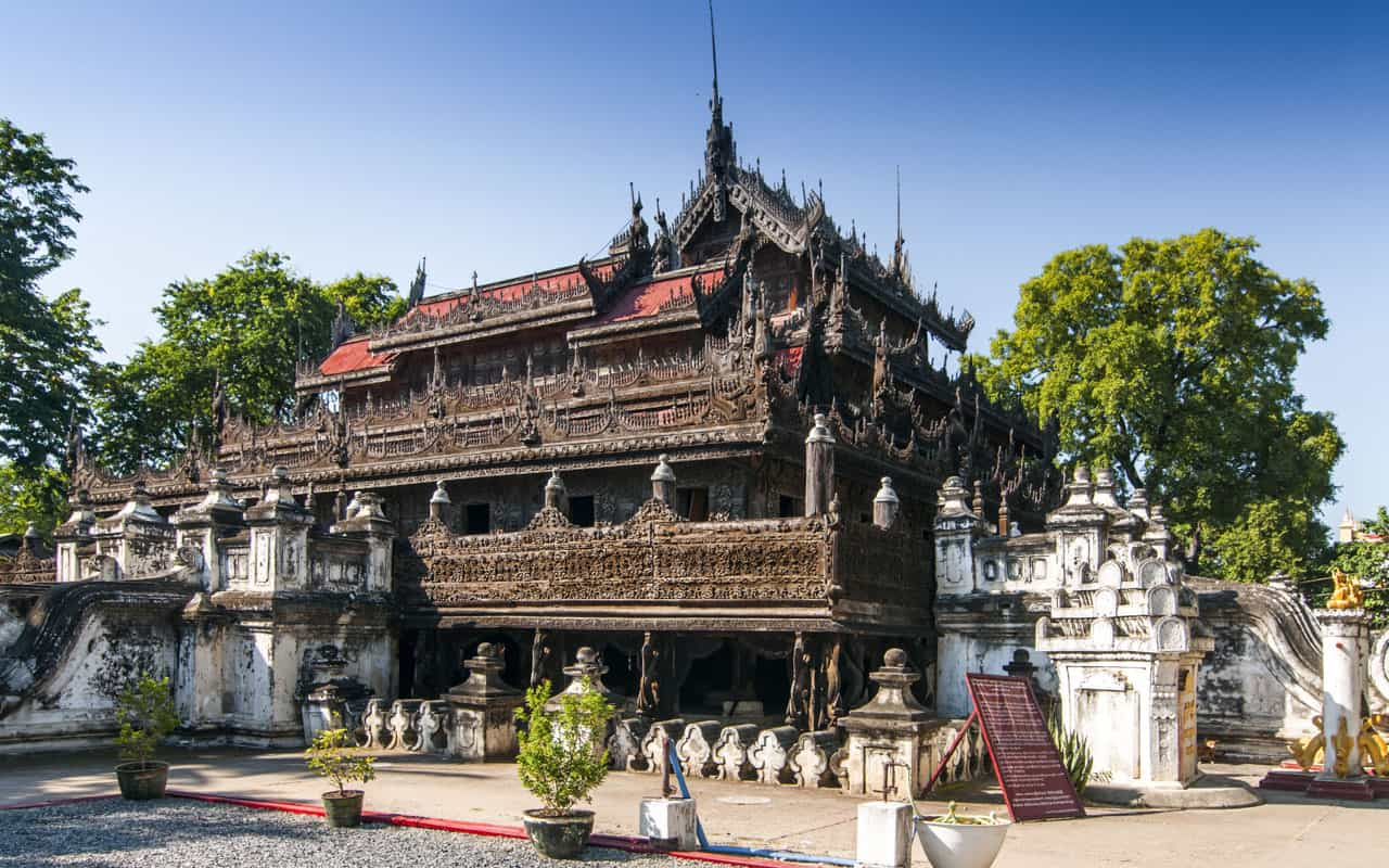 Shwenandaw-Kyaung-Temple-Mandalay