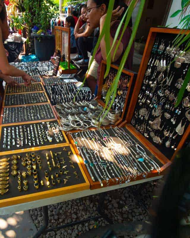 samadi-market-canggu-jewelery