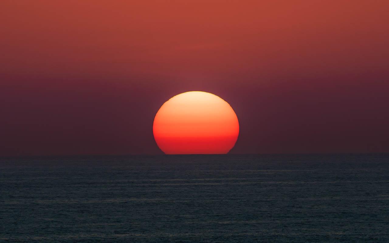 sunset-uluwatu-telelens