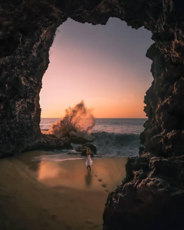 tegal-wangi-beach-bali-cave