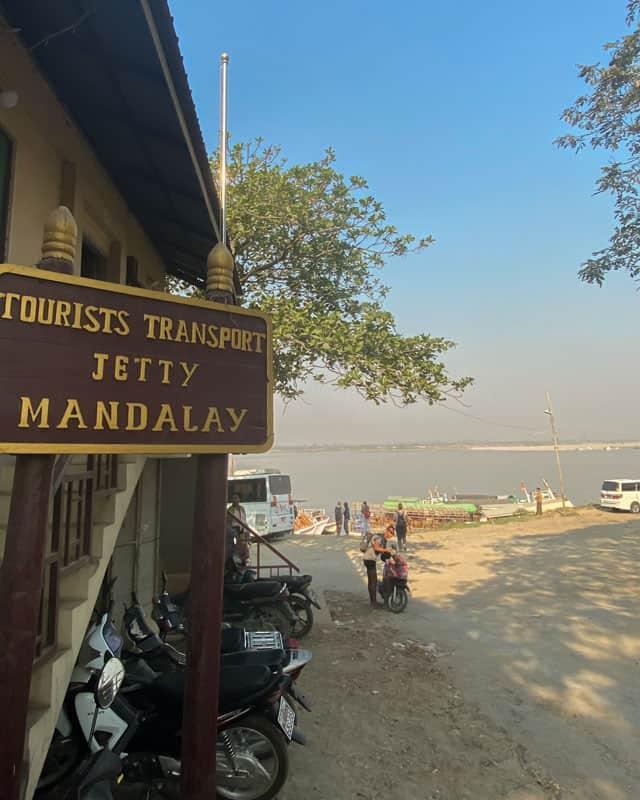 tourist-jetty-mandalay