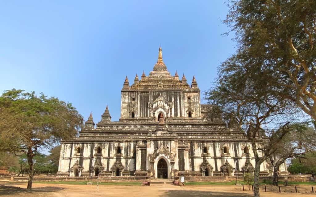 Thatbyinnyu-Temple-bagan-myanmar