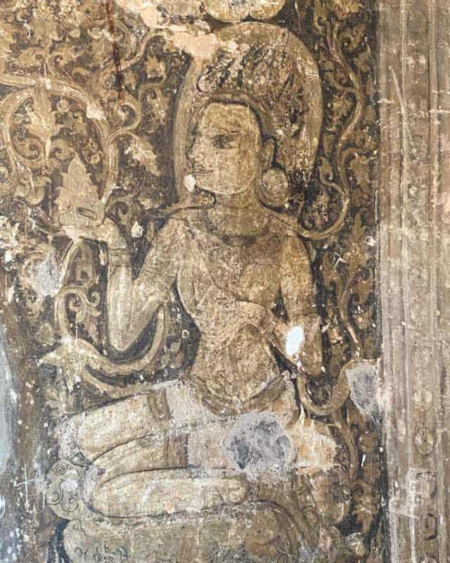 mural-pagodas-bagan-myanmar