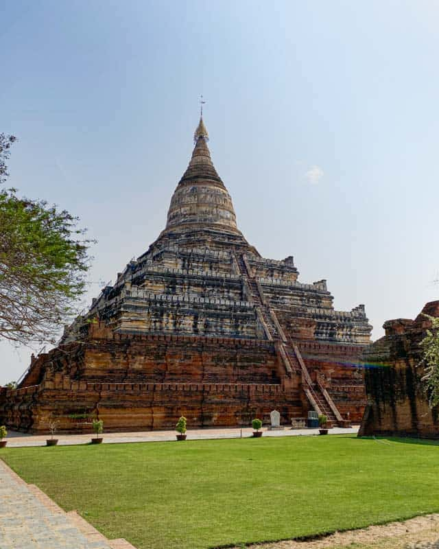 schwesandaw-pagoda-bagan