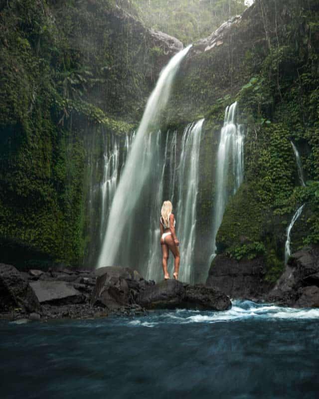 tiu-kelep-waterfall-long-exposure