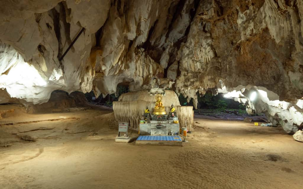 cave-tiger-cave-temple-krabi-wide