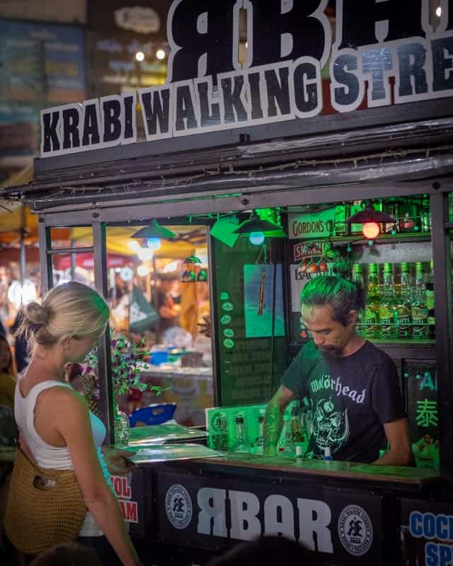krabi-bight-market-bar