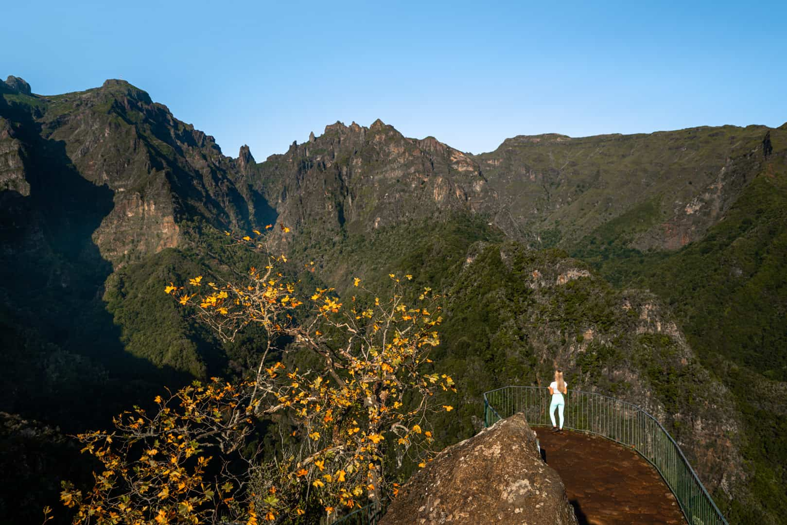 balcoes-viewpoint-madeira-clearsky