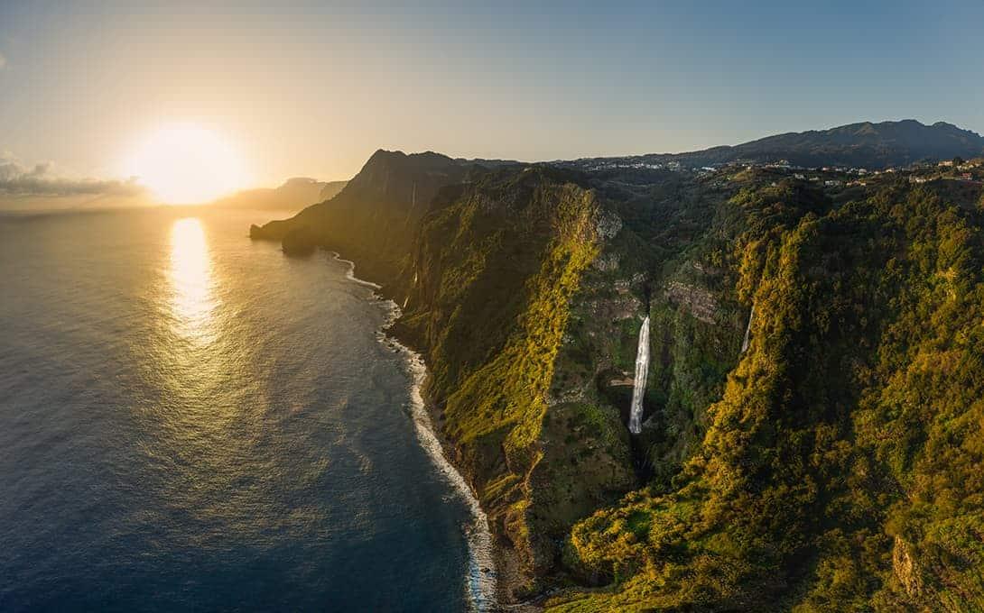 rocha-do-navio-waterfall-madeira