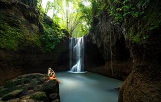 suwat-waterfall-bali