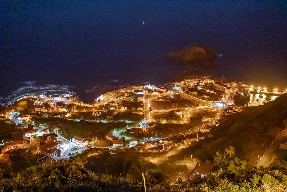 Santa-viewpoint-Porto-Moniz