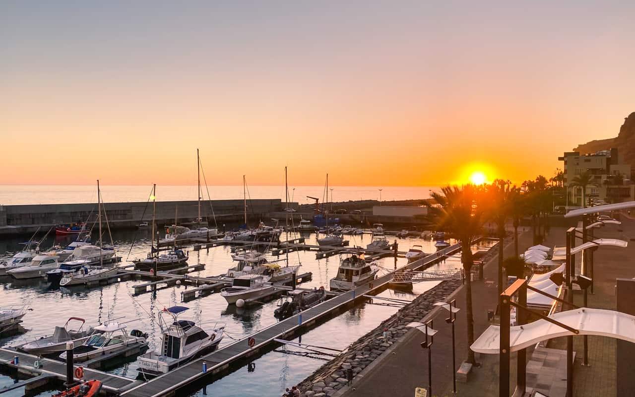 calheta-marina-sunset